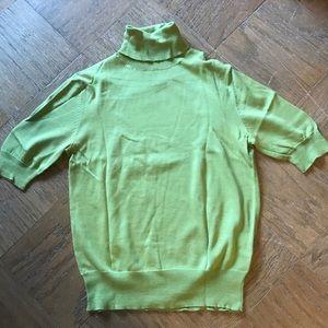 Eddie Bauer Green Short Sleeve Turtleneck